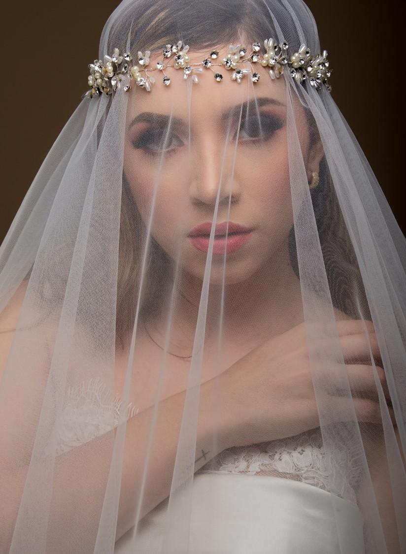 Velos de novia largos con encaje