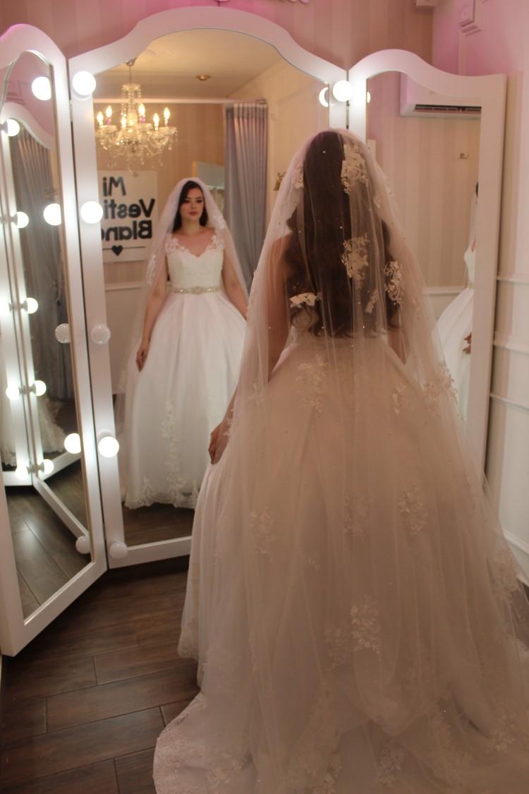 vestidos de novia de encaje bordado